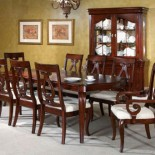 Broyhill-Chateau-Calais-7-Piece-Dining-Table-Set-in-Cabernet